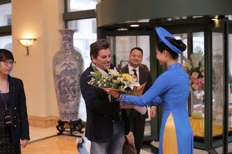 Modern Talking duoc tang cuc hoa mi khi toi Viet Nam - Anh 8