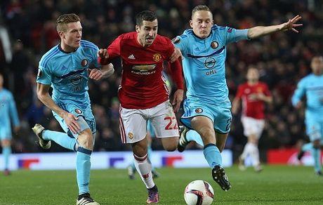 DIEM NHAN Man United – Feyenoord: Old Trafford van la diem tua. Them ky luc nua cho Rooney - Anh 2