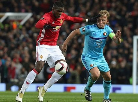 DIEM NHAN Man United – Feyenoord: Old Trafford van la diem tua. Them ky luc nua cho Rooney - Anh 4