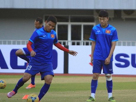 Tuyen Viet Nam tap kin cho dau Campuchia - Anh 1