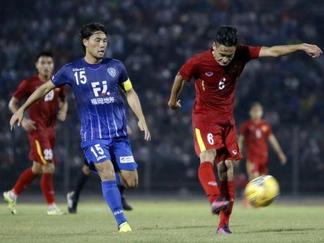 Tuyen Viet Nam tap kin cho dau Campuchia - Anh 2