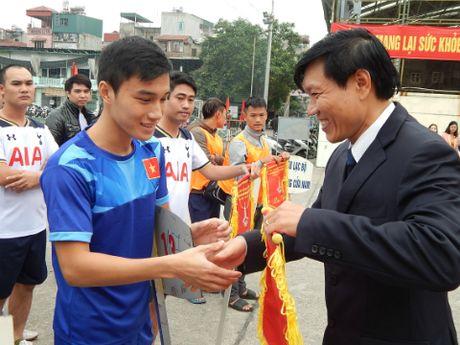 Khai mac giai bong da quan Hoan Kiem lan thu III nam 2016 - Anh 4