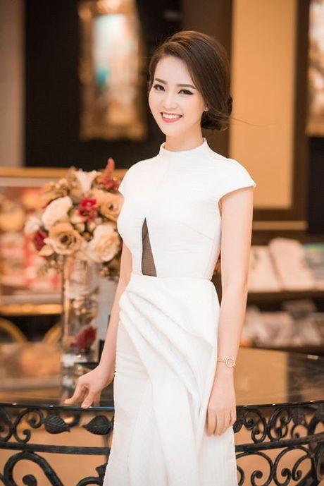 A hau Thuy Van tiet lo bi quyet de chong yeu chieu khong chan - Anh 5