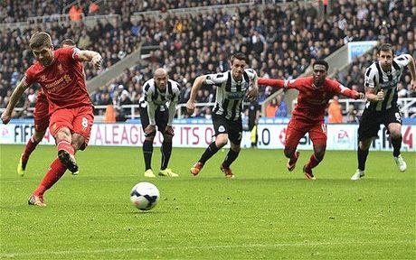 Nhin lai su nghiep lay lung cua tien ve Steven Gerrard - Anh 12