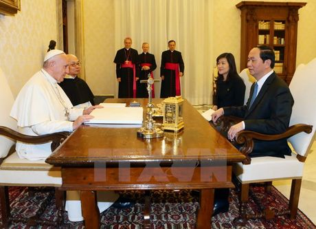 Toan canh: Chu tich nuoc tham chinh thuc Italy va Toa thanh Vatican - Anh 17