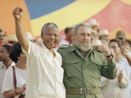 Cuoc doi lanh tu Cuba Fidel Castro qua anh - Anh 11