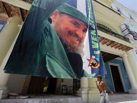 Cuoc doi lanh tu Cuba Fidel Castro qua anh - Anh 15
