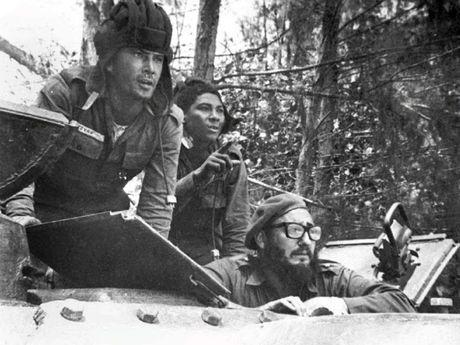 Cuoc doi lanh tu Cuba Fidel Castro qua anh - Anh 9
