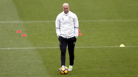 Voi Zinedine Zidane, Real Madrid ngay cang tro nen dang so - Anh 1