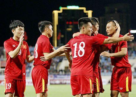Tin tuc AFF Cup (26.11): DT Viet Nam 'chang ngan ai', HLV Singapore noi sung - Anh 7