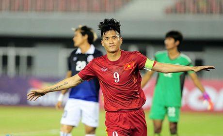 Dinh Luat nhan the do, DT Viet Nam thang 'hu via' Campuchia - Anh 2
