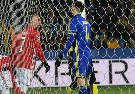 00h30 ngay 27/11, Bayern Munich vs Bayer Leverkusen: Trong con khung hoang - Anh 4