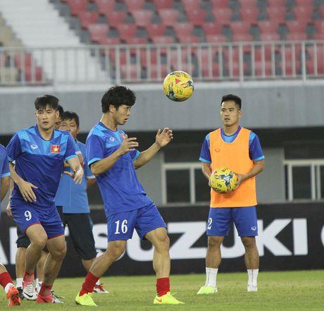 Truc tiep Viet Nam 0-0 Campuchia: Hiep mot bat dau - Anh 2