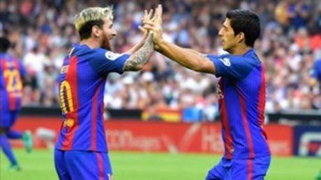 Nho Suarez, Messi se gia han voi Barca - Anh 1