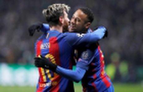 Nho Suarez, Messi se gia han voi Barca - Anh 5