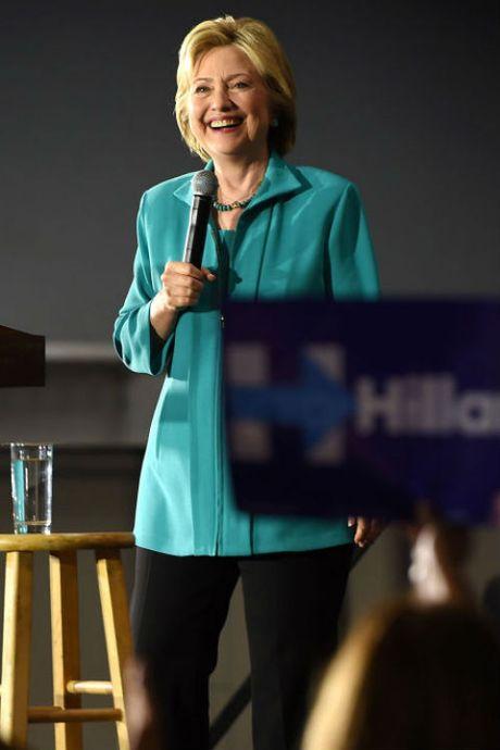 Ngam phong cach thoi trang quyen luc cua ba Hillary Clinton - Anh 4