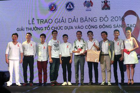Trao thuong Dai bang do vi cong dong HIV/AIDS - Anh 1