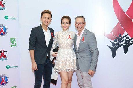 Ngoc Thanh Tam cung dan sao Viet keu goi chong phan biet doi xu voi nguoi nhiem HIV - Anh 12