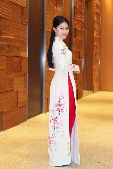 Ngoc Thanh Tam cung dan sao Viet keu goi chong phan biet doi xu voi nguoi nhiem HIV - Anh 3