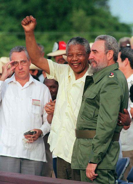 Cuoc doi lanh tu cach mang Cuba Fidel Castro qua anh - Anh 13
