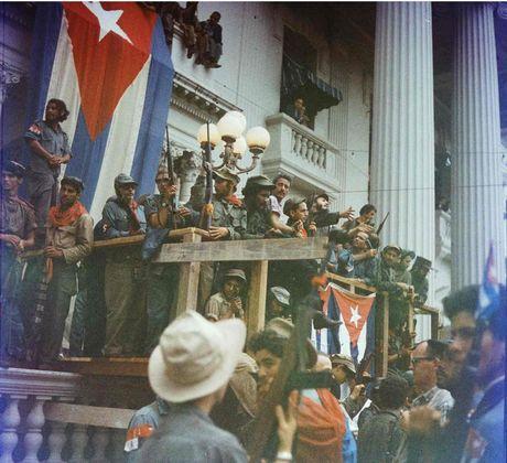 Cuoc doi lanh tu cach mang Cuba Fidel Castro qua anh - Anh 17