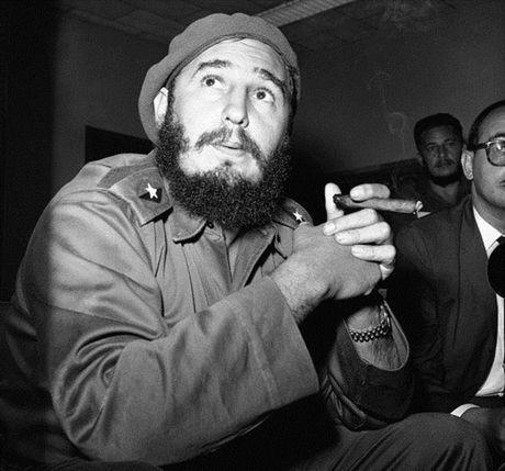 Cuoc doi lanh tu cach mang Cuba Fidel Castro qua anh - Anh 5