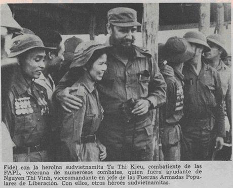 Lanh tu cach mang Fidel Castro: 'Vi Viet Nam, Cuba san sang hien dang ca mau cua minh' - Anh 9