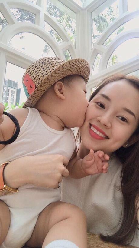 Chuyen tinh duyen lan dan cua nhung hotgirl 'Nhat ky Vang Anh' - Anh 9