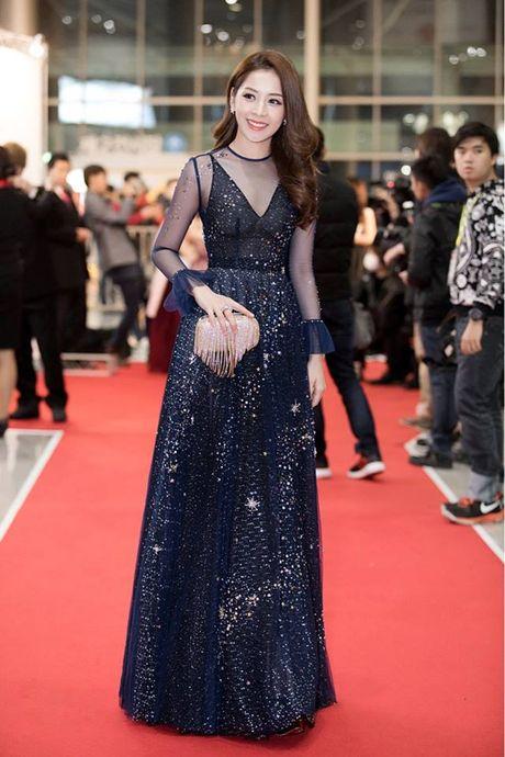 Chi Pu duoc don chao nong nhiet tai WebTVAsia Awards 2016 - Anh 1