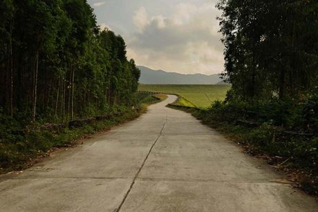 Ho Xa Huong dep lang tham tren lung nui Tam Dao - Anh 3