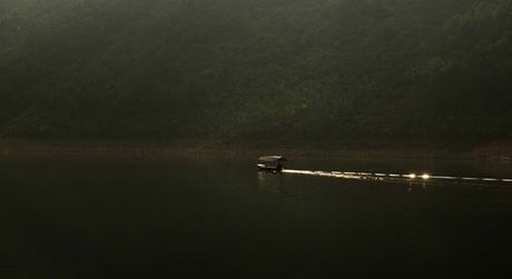 Ho Xa Huong dep lang tham tren lung nui Tam Dao - Anh 6