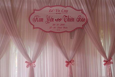 Chu re Thien Bao cung co dau Kim Yen nhay tung bung trong le cuoi - Anh 5
