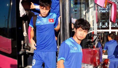BAN TIN The thao: Cong Phuong cao rau quyet 'xe luoi' Campuchia - Anh 1