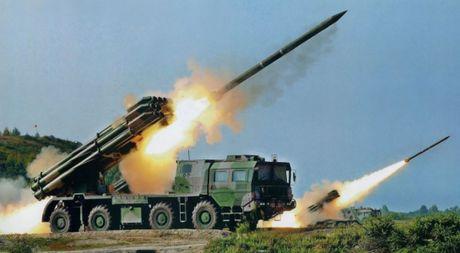 Ukraine dinh ban ten lua ngang qua khong phan Crimea, Nga gian du - Anh 1