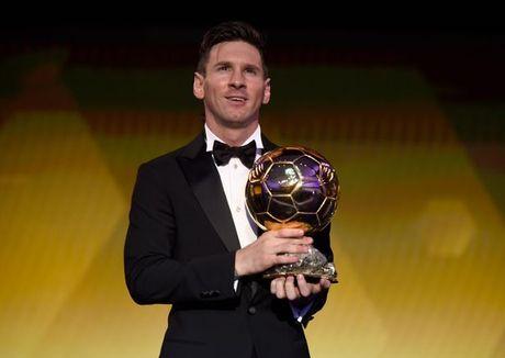 Messi tiet lo ly do thay doi ngoai hinh den chong mat - Anh 2