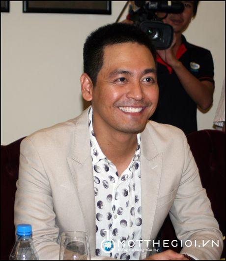 MC Phan Anh: 'Toi san sang bo ra moi thu de bao ve niem tin' - Anh 2