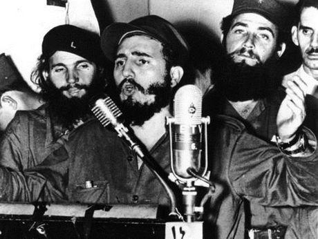Cuoc doi lanh tu Cuba Fidel Castro qua anh - Anh 2
