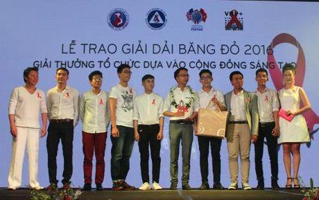 """Le trao giai thuong """"Dai bang do 2016"""" ve HIV lan thu 2 - Anh 1"""