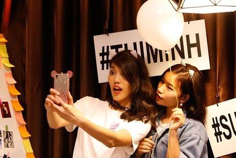 Lan Khue 'dung hinh' khi bi fan Ha Noi 'chat chem' - Anh 14