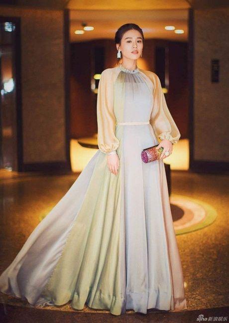 Pham Bang Bang va dan my nhan Hoa ngu do sac tai tham do Kim Ma lan thu 53 - Anh 12