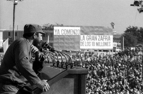 Chum anh ve cuoc doi va su nghiep lanh tu Fidel Castro - Anh 12