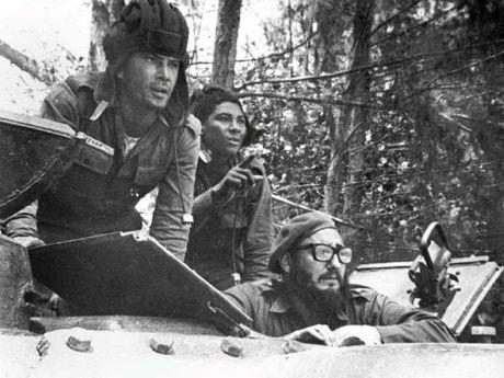 Chum anh ve cuoc doi va su nghiep lanh tu Fidel Castro - Anh 9