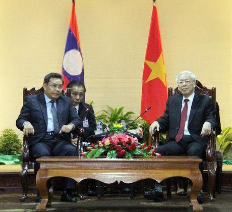 Tong Bi thu Nguyen Phu Trong tham CHDCND Lao - Anh 12