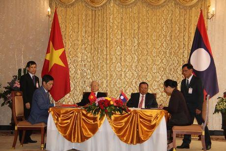 Tong Bi thu Nguyen Phu Trong tham CHDCND Lao - Anh 8