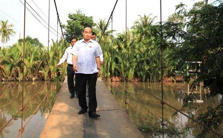 Chu tich Nguyen Thien Nhan: Thoat ngheo thong qua viec tham gia HTX - Anh 4
