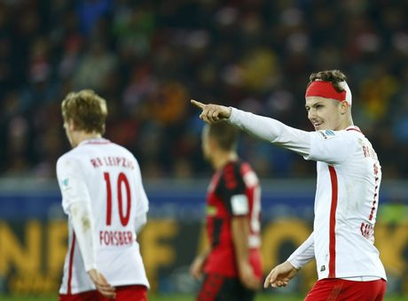Doi bi ghet nhat nuoc Duc cung co vi tri so 1 Bundesliga - Anh 9