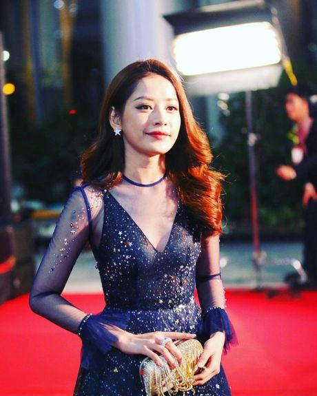 Chi Pu, vo chong Ly Hai hoi ngo chu nhan hit 'Apple Pen' - Anh 1