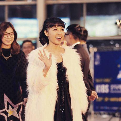 Chi Pu, vo chong Ly Hai hoi ngo chu nhan hit 'Apple Pen' - Anh 8