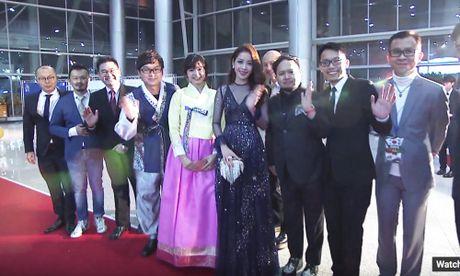 Chi Pu, vo chong Ly Hai hoi ngo chu nhan hit 'Apple Pen' - Anh 9