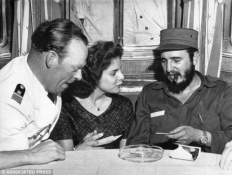 My nhan ke va 638 am muu am sat Fidel Castro cua CIA - Anh 1